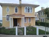 """Двуетажна къща в комплекс """"Виктория Хилс"""""""