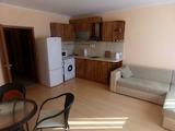 Двустаен апартамент в комплекс Green Bay