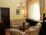 """Cozy apartment in well-maintained building on """"Solunska"""" Str."""