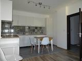 Нов, изцяло обзаведен апартамент в топ центъра на Варна