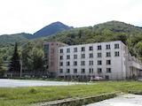 Производствени и допълнителни помещения на фабрика на 120 км от София