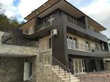 Луксозна четириетажна къща в м-т Акчелар