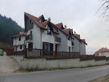 Двуетажна къща с 4 спални и красива панорама в Разлог