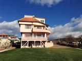 Ваканционна къща до Слънчев бряг