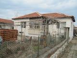 Реставрирана къща с двор на 15 км от Асеновград