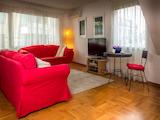 Обзаведен тристаен апартамент с гараж в Гео Милев