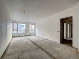 Нов тристаен апартамент с топ локация срещу УНСС