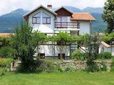 Голяма реновирана къща за гости до Павел Баня