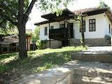 Реновирани две възрожденски къщи в село близо до град Елена