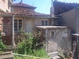 Едноетажна къща за основен ремонт в старата част на Велико Търново