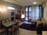 Просторен двустаен апартамент в кв. Бриз