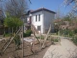 Чудесна двуетажна къща в село на 30 км от гр. Свищов