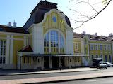 Масивна сграда в супер центъра на Бургас