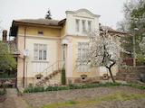 Двуетажна къща в с. Осмар