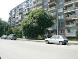 Двустаен апартамент в кв. Баба Тонка