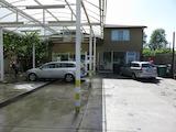 Автомивка, кафе и жилищни помещения в Пловдив