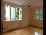 Четиристаен апартамент в центъра на София, подходящ за офис
