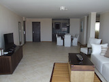 Тристаен апартамент в престижен комплекс