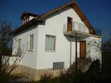 3-storey country house with yard 15 km from Vratsa