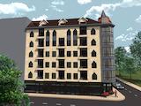 Тристаен апартамент в широкия център на София