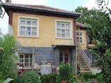 Голяма къща между Пловдив и Стара Загора
