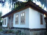 Реновирана старинна къща в село на 20 км от гр. Априлци