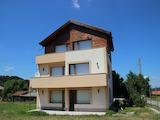 3-етажна къща под наем на 20 км от ски курорт Боровец