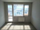 Тристаен апартамент в кв. Белите Брези