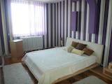 Обзаведен тристаен апартамент с гараж във Видин