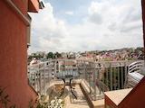 Мансарден апартамент на удобна локация до Сердика Център