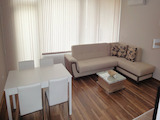 Modern 1-bedroom apartment in gated complex Royal City