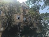 """Тристаен апартамент на ул. """"Алабин"""""""
