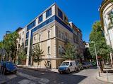 """Нова офис сграда на крачки от бул. """"Витоша"""""""