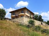 Чудесна къща с 4 спални и прекрасна панорама в село Годлево