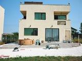 Готова къща за живеене на 10 км от Добрич