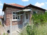 Къща за продажба не далеч от Стара Загора
