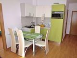Тристаен апартамент в Съни Дей 6 / Sunny Day 6
