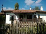 Реновирана къща  с барбекю в Еленския Балкан