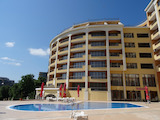 Двустаен апартамент в прекрасен курорт близо до Варна