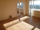 Двустаен апартамент с гледка към Дунав мост II и град Видин