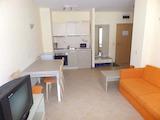 Компактен двустаен апартамент в комплекс Роял Сън/Royal Sun