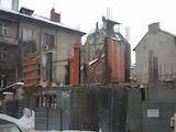 Тристаен апартамент на шпакловка и замазка, до Сердика Мол