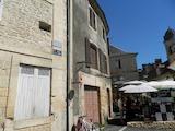 ����  �  Montignac