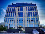 Тристаен апартамент в петзвездна сграда