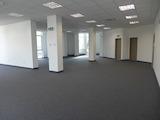 Отворени офис площи под наем в бизнес сграда