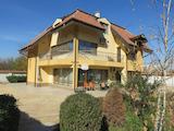 Нова триетажна къща до Коматевски възел в Пловдив