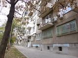 Tристаен апартамент до Ал. Стамболийски
