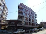 Тристаен апартамент в кв. Кръстова вада
