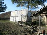 Къща с огромен двор на 28 км от Видин