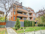 Четиристаен апартамент до парк Заимов